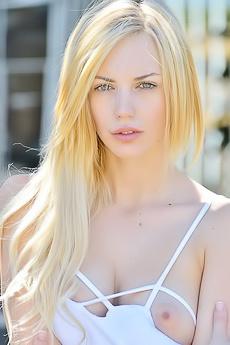 Blake Summer Blonde