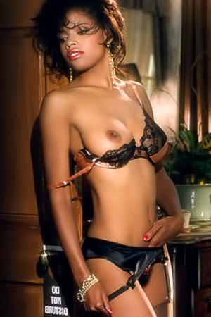 Nackt Lorraine Olivia  Lorraine Kelly