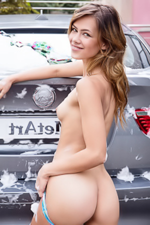 Erotic Cars Wash With Naked Teen Laina
