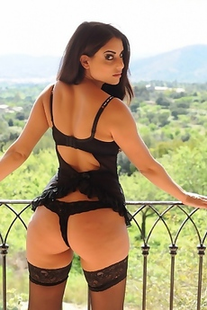 Charlotte Springer Ass Free Sexy Galleries Nude Pics Lesbian